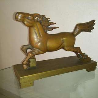 Bronze Horse Statue (with wooden base, Size: L 31cm X D 9.5cm X H 21cm)