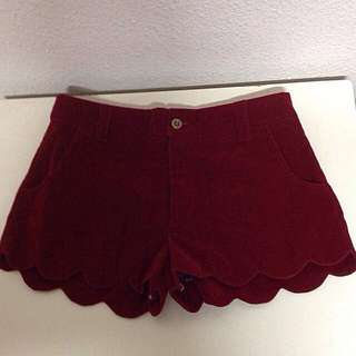 *BRAND NEW* Seaside Scallop Shorts