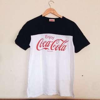 Original Coca Cola Merch Logo Graphic Vintage style T-shirt