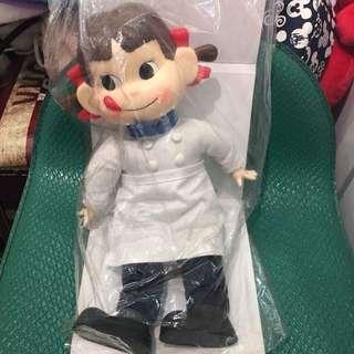 🚚 日本帶回牛奶妹娃娃