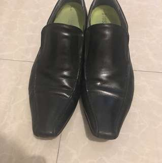 Hush Puppies Leather Shoes ‼️repriced‼️