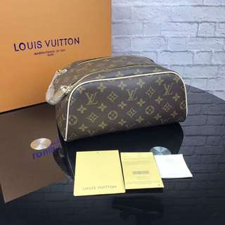 Louis Vuitton Hand Pouch ( LV clutch )