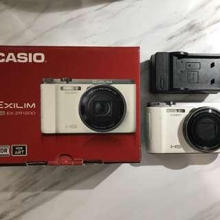 🚚 Casio zr1200 白色