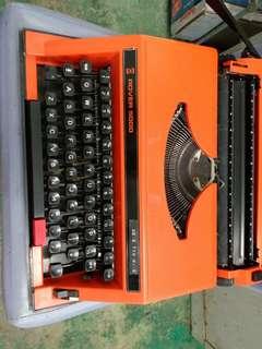 Rover 5000 打字機