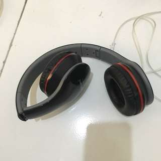 B08 Headset Black Stripe Red