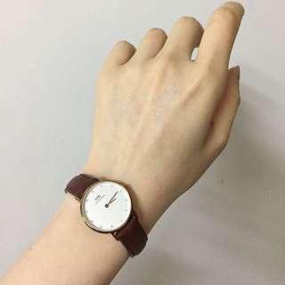 DW watch 手錶啡色皮帶女裝鑲碎鑽款