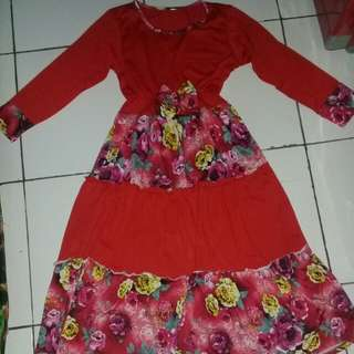 #MakinTebel baju muslim red flowery