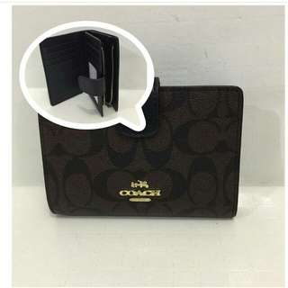✔FREESHIP Coach Short Wallet -Coffee Brown