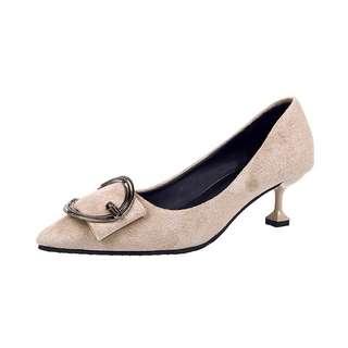 🚚 「新品推薦」回饋新品韓版時尚百搭復古方釦尖頭鞋