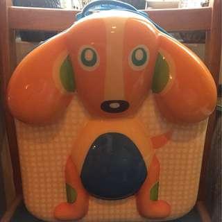 {{現貨出清}}瑞士OOPS-小狗快樂拉桿包包 贈品 烏噗司 優質寶寶品牌