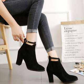 Black Suede Heels ( Pre Order )