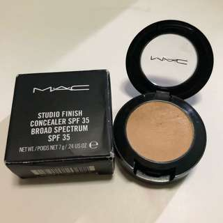 Mac Studio Fix Concealer in NC30