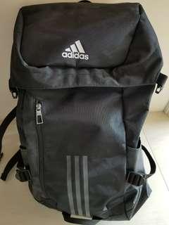 adidas 40L全新大背囊 大減價 超平