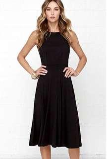 Scoop-Back Midi Dress in Black