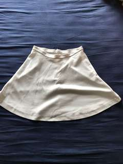 UNIQLO SKIRT ONLY @50K