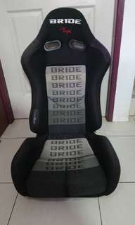 Semi bucket seat bride low max
