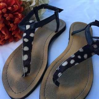 Leopard fur sandals