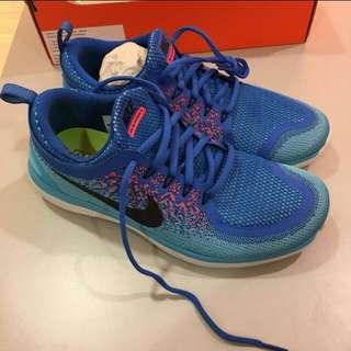 Nike free run distance 2
