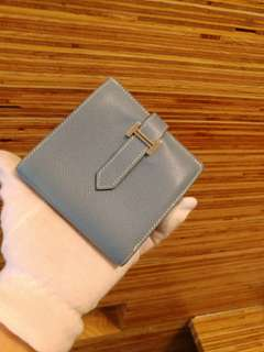 Hermes bearn wallet with coin