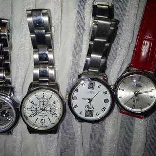 Asst ladies watch... No battery except for the red one but the strap is bit damage