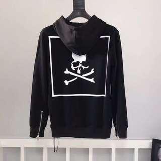 Mastermind Sweater S M L XL