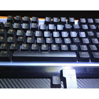 Doubleshot Shine-through ABS key caps black & orange.