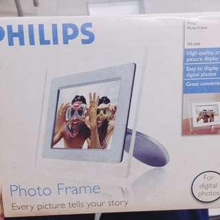 Philips 電子相架 (digital photo frame)