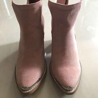 🈹韓國粉紅色猄皮短boot