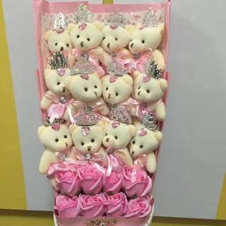 12 bears + 8 roses bouquet