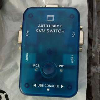 Auto USB 2.0 KVM Switch