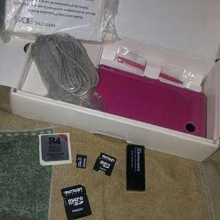 Nintendo DSi (Pink)