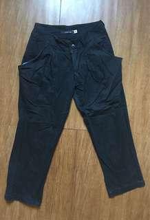 Julia Black 3/4 Pants