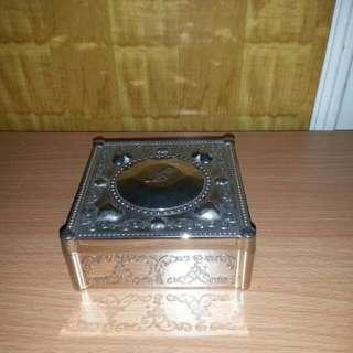 全新 JILLSTUART 10th Anniversary手飾盒 收納盒 儲物盒 飾物盒