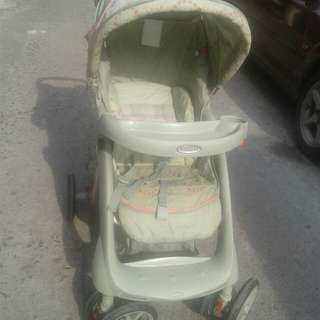 Craco stroller with car seat