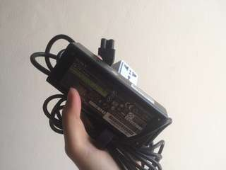 Charger Laptop Vaio 19.5V