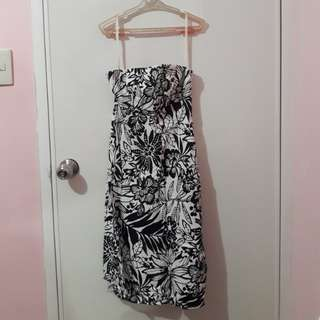Black & White Gap sunday dress