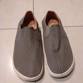 Sepatu Camper Bekas