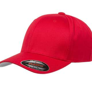 AUTHENTIC FLEXFIT YUPOONG CAPS RED