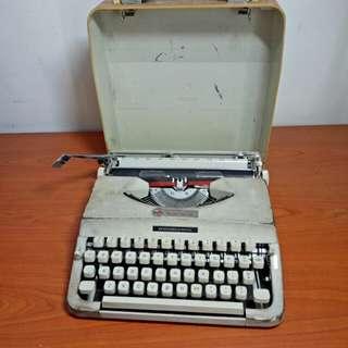 Compact Vintage Typewriter