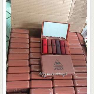 Mini matte lipstick