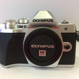 Olympus EM10MK3 (14-150)&(25mm F/1.8)