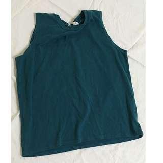 百搭湖綠色削肩無袖上衣