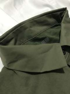 Uniqlo Polo shirt - Army green FOR SALE