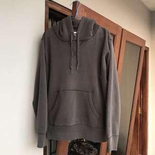 Uniqlo Hoodie Grey