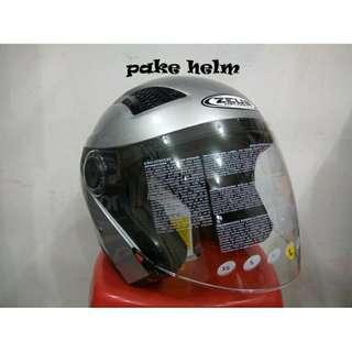 Helm Zeus silver solid. Size L