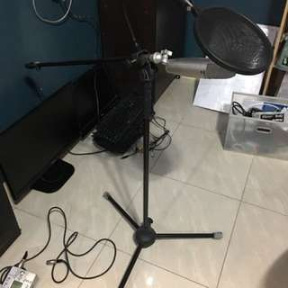 SUPERLUX CMH8B MIC WITH CONDENSER