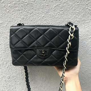 SOLD 賣完 Vintage Chanel 中古黑色手袋