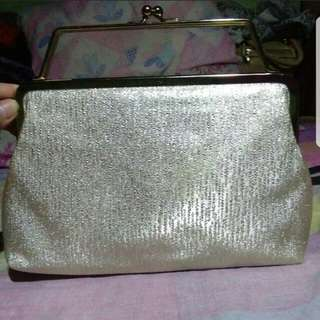 Preloved CLUTCH BAG