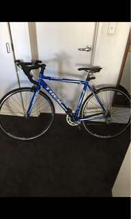 54cm Alpha Aluminum Trek Road Bike