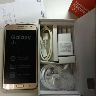 金色 Samsung Galaxy J7 (J700F) 雙卡 5.5吋 (Do Not offer discount)